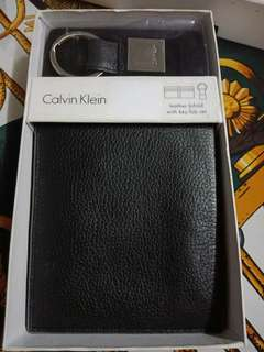 Authentic Calvin Klein Men Wallet Leather Passcase Key Fob Set Black