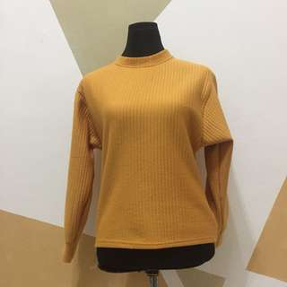 [NEW] Yellow Knitted Tops