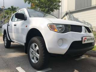 Mitsubishi Triton L200 2.5 Manual Double-Cab