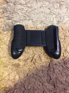 Game pad, suitable for any smartphone