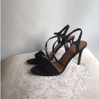 Charles & Keith Size 39