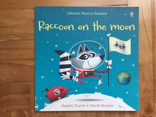 Usborne Phonics Reader Racoon on the Moon