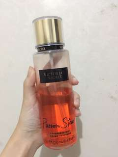 Victoria's secret passion struck fragrance mist
