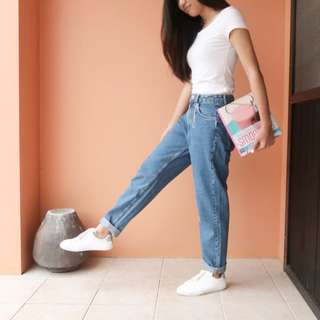 Zara Mom Jeans (1) Medium Blue (1) Dark Blue