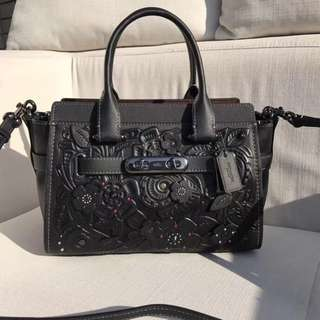 Authentic Coach 11854 Swagger 27 With Tea Rose Tooling Black / Dark Gunmetal Leather.
