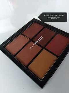 AUTHENTIC M.A.C PRO CONCEAL & CORRECTOR