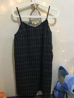 🚚 Grid slip dress