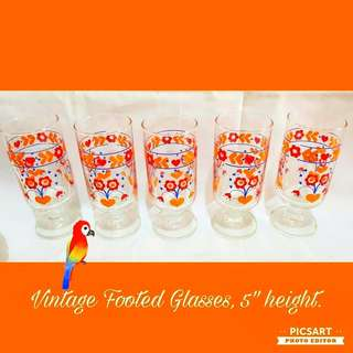 Vintage Footed Glasses with colourful flower motif. Size as in photo. Good Condition, no chip no crack. All 5pcs for $10 Offer, sms 96337309.