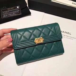 Chanel三折銀包