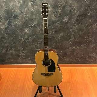 🚚 Suzuki SFG-25 Accoustic Guitar