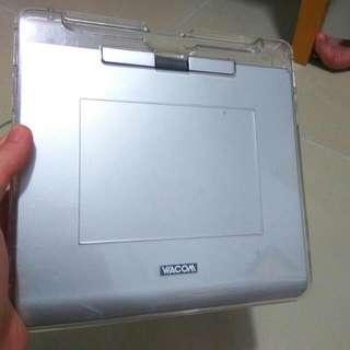 🎇[速銷價] 90%新 Wacom CTE-440銀色 繪圖板