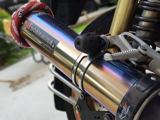 Yoshimura End can with stock  header