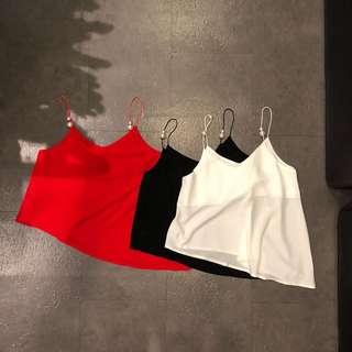 🚚 歐美黑色白色紅色係肩帶珍珠無袖背心上衣不對稱雪紡紗渡假女神氣質