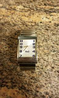 $500 90% New D&G stainless steel watches (not included battery) includes Sf Express