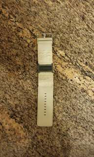$500 90% New Emporio Armani leather watches (not included battery) includes Sf Express