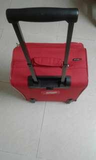 拉喼(高53.寬37.厚23cm)紅牛津布
