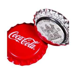 最後現貨 包速遞 最新2018 斐濟可口可樂 Coca-Cola 瓶蓋造型 .999銀幣 連銀幣收藏罐和出世紙大全套