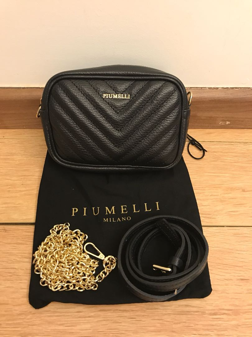 24f1abc944a2f1 💯 Authentic piumelli belt bag 2 in 1 For Let Go!!, Luxury, Bags & Wallets  on Carousell