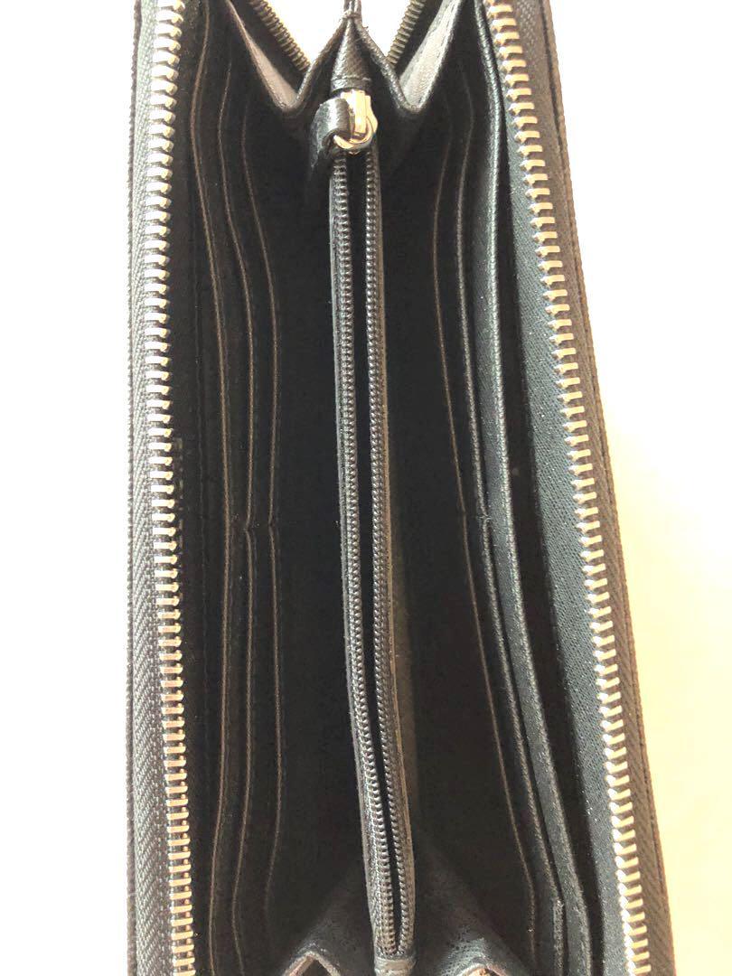 Authentic Michael Kors Wallet (Black/silver)
