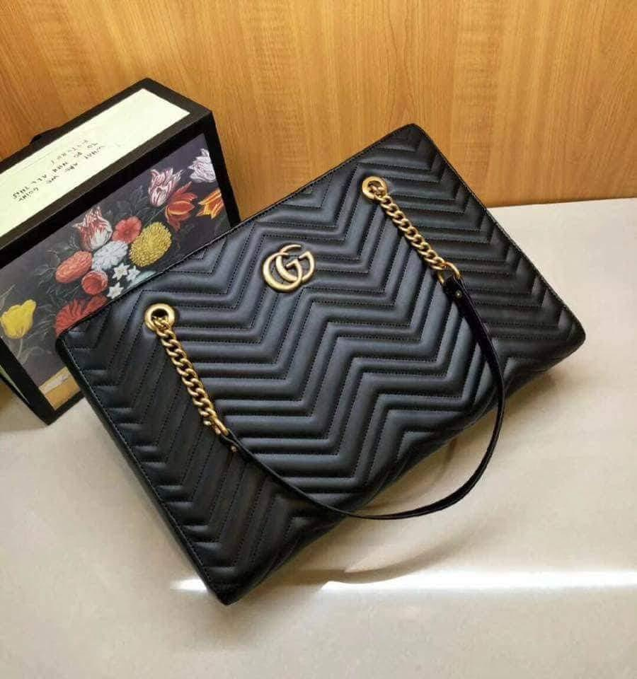 047d49467bcd GUCCI GG Marmont 2.0 Matelasse Medium Leather East/West Tote Bag - Black on  Carousell