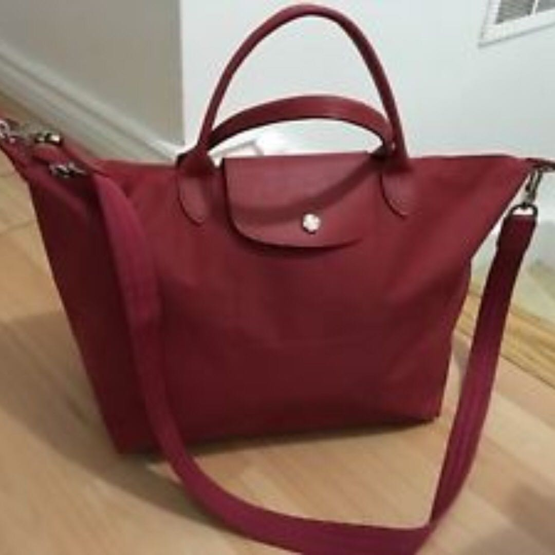 Longchamp Le Pliage neo 1515 🐙Medium & Small Burgundy 🐙, Women's Fashion, Bags & Wallets, Sling Bags on Carousell