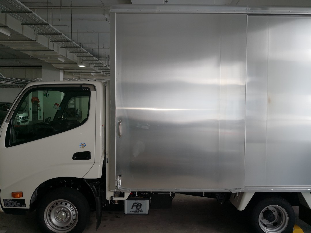 734ab5f032 Lowest price in Singapore  Movers and lorry rental with driver