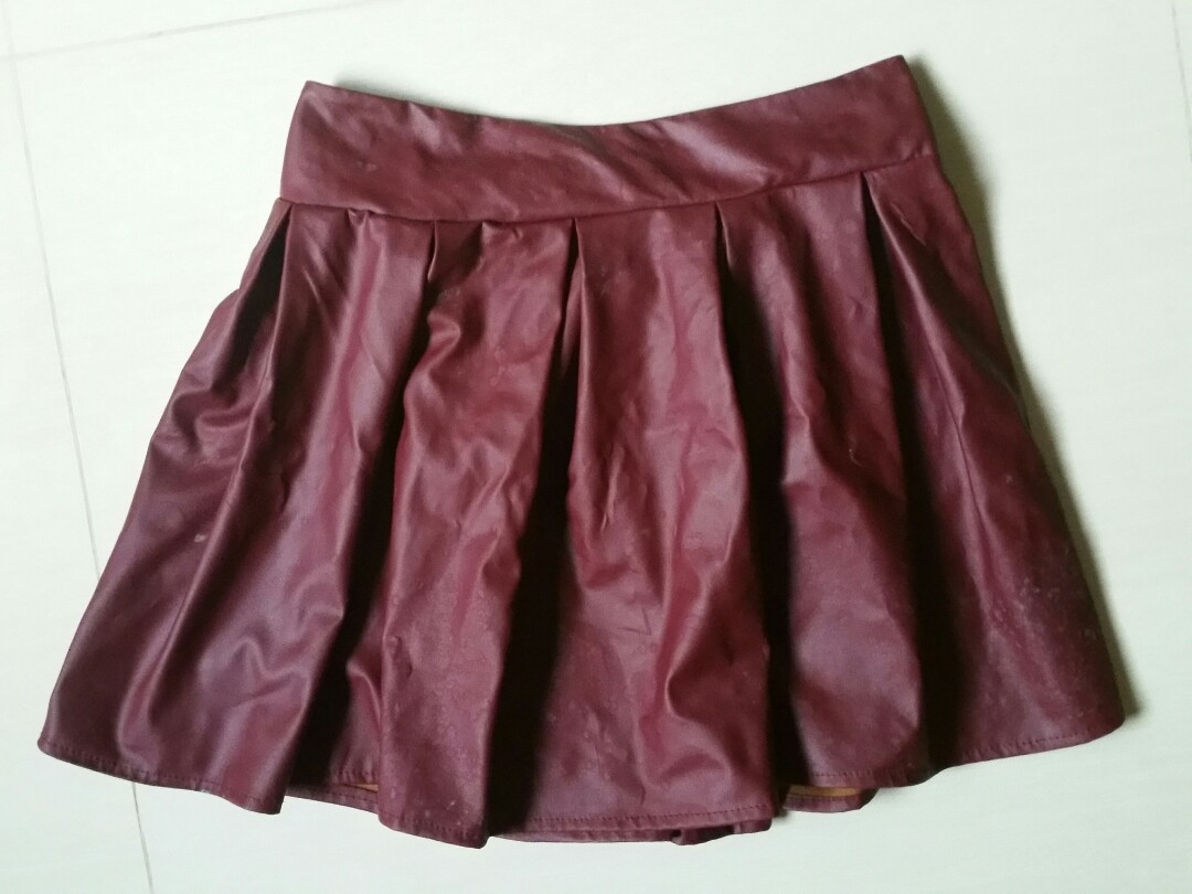 c470d944c 8) Maroon/ Wine Red Leather Pleated Skirt, Women's Fashion, Clothes ...