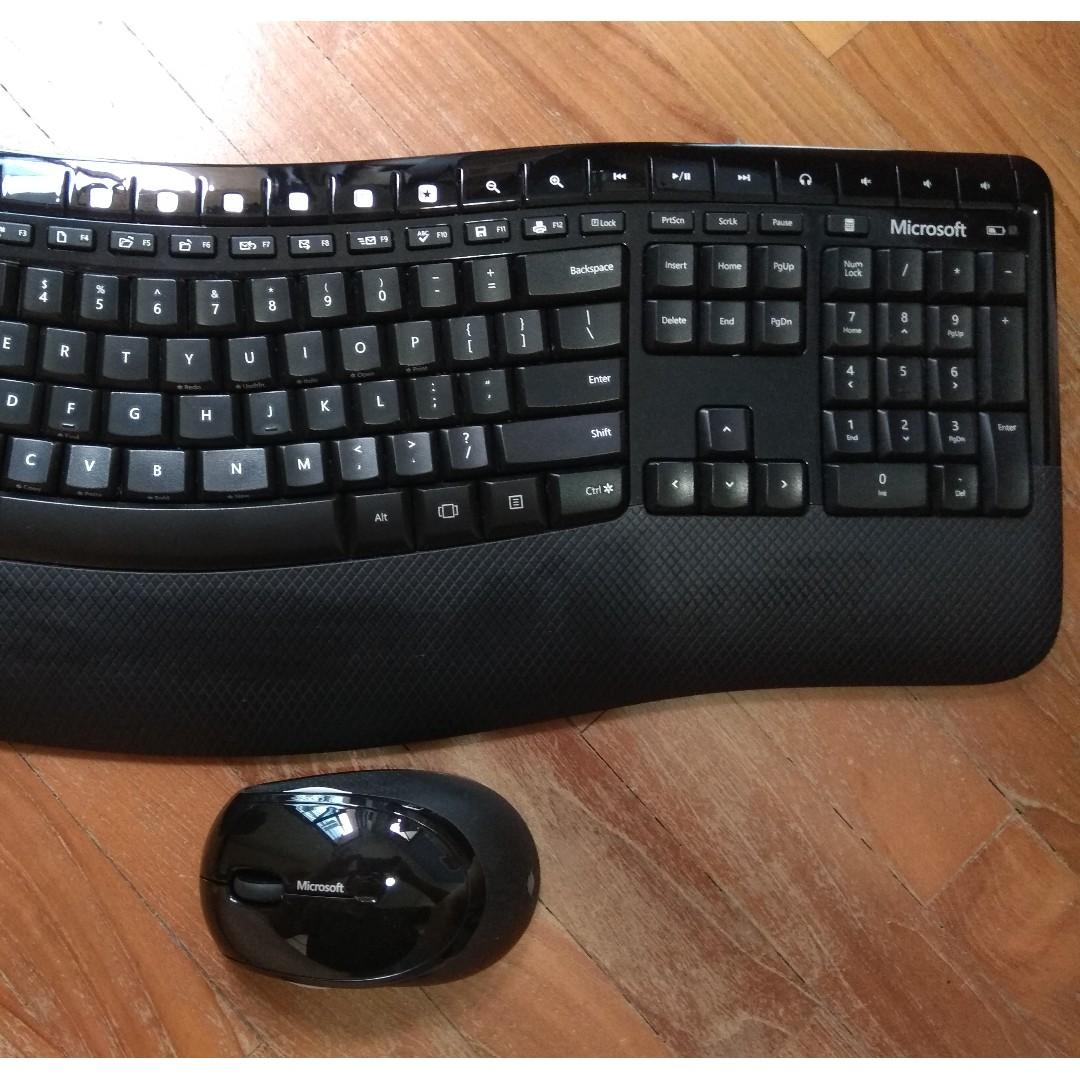 db43159400b Microsoft Wireless Comfort Desktop 5050, Electronics, Computer Parts &  Accessories on Carousell