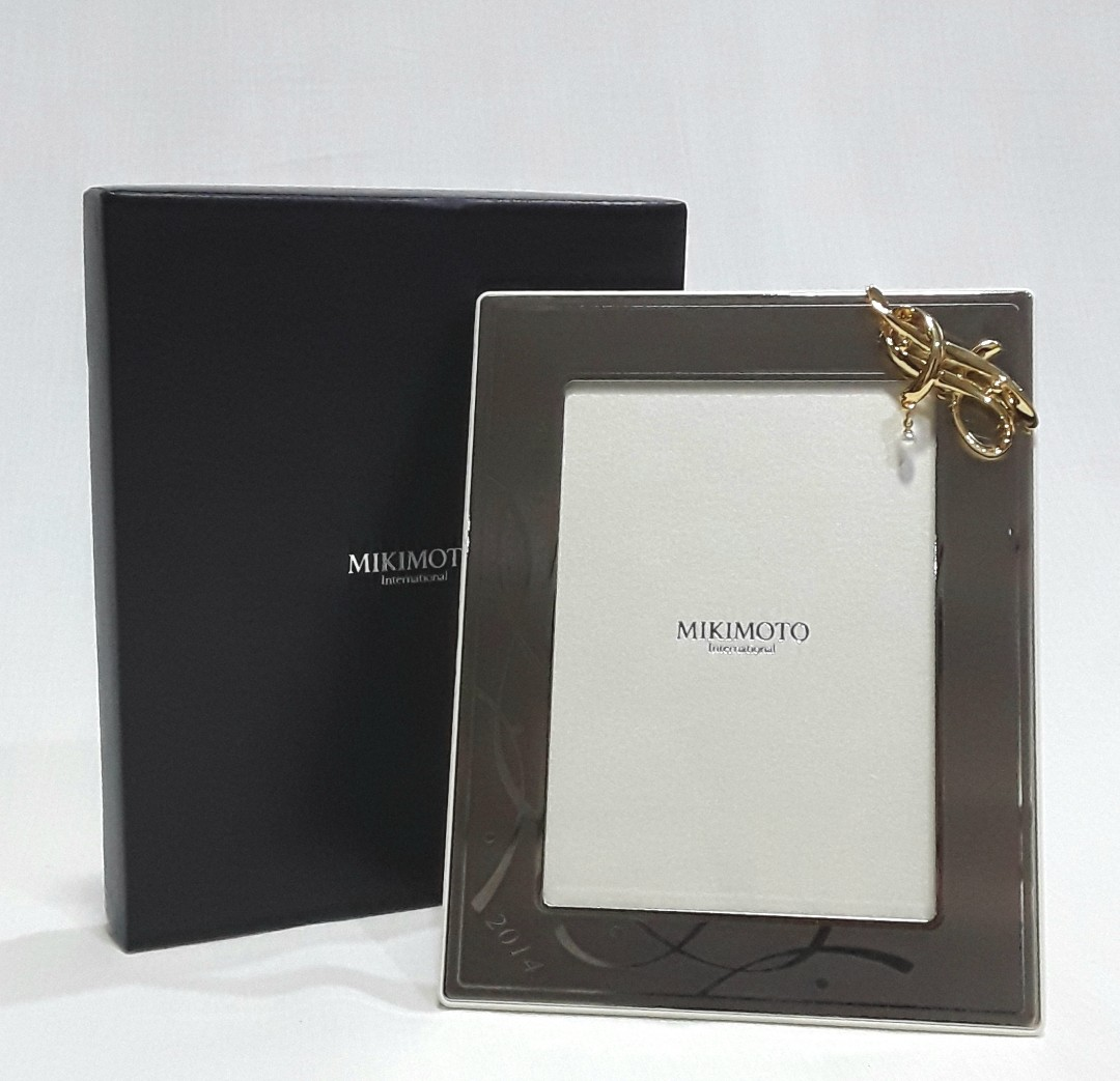 MIKIMOTO International Pearl Picture Frame with a real Mikimoto ...