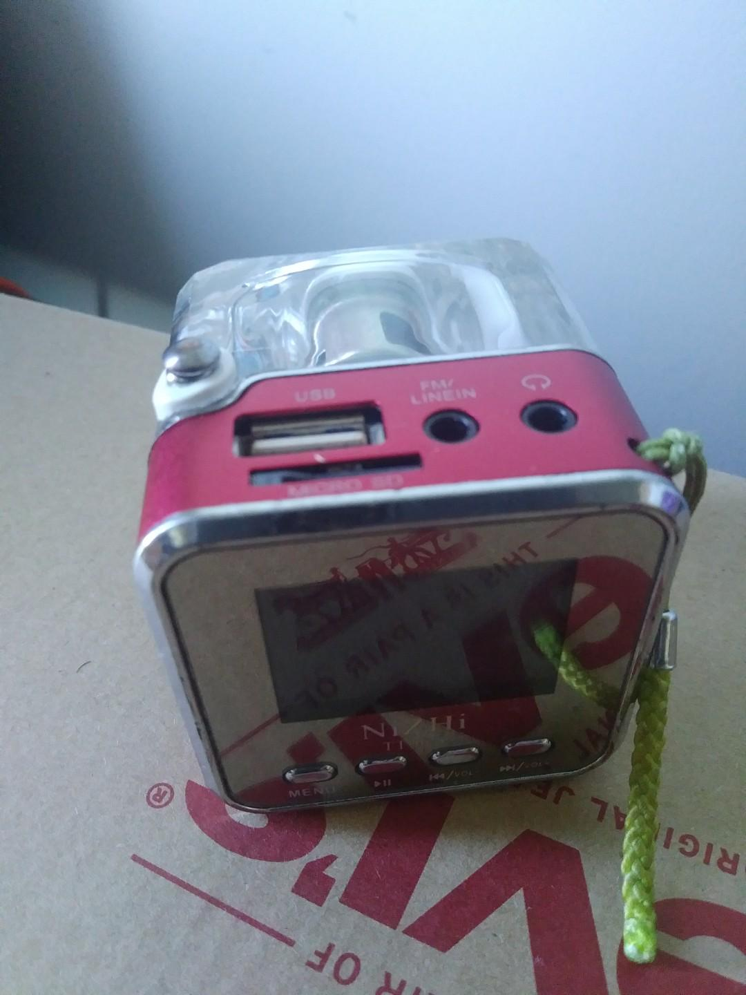 Mobile Speakers, with radio (Used) - very good condition