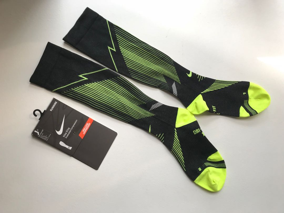 4c5807a939 Nike Men/Women - Elite Graduated Compression socks for Running!, Sports,  Sports Apparel on Carousell