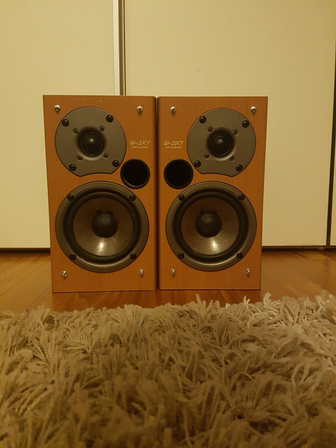 ONKYO speakers amplifier D-SX 7, Electronics, Audio on Carousell