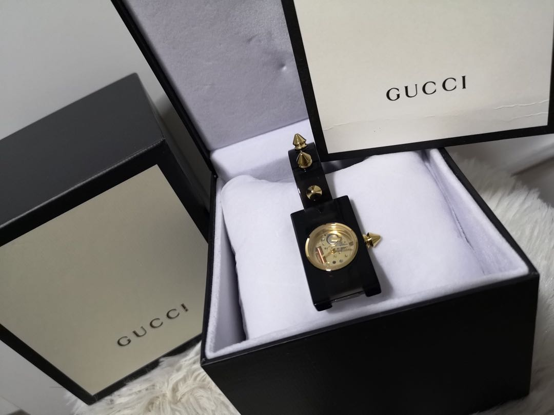 b1c1fea6747 PO Gucci Vintage Web Gold Skeletal Dial Ladies Watch