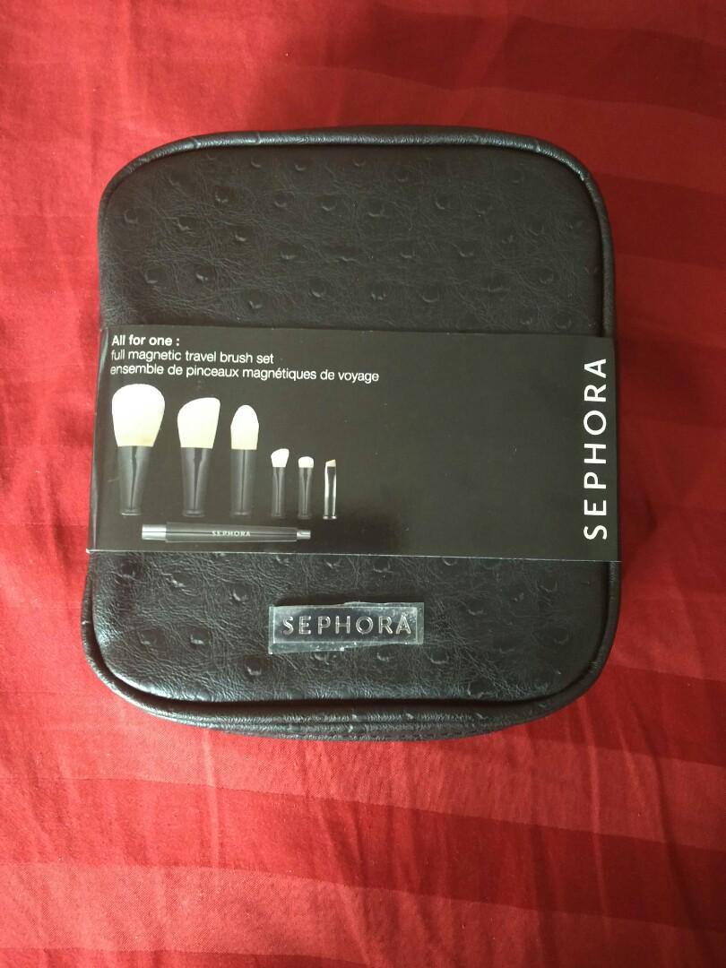 SEPHORA COLLECTION All for One: Full Magnetic Travel Brush Set