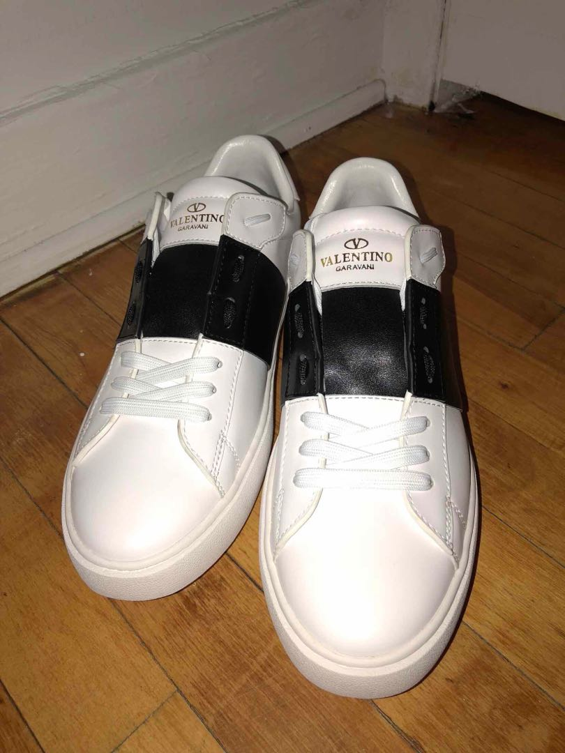 dac72765c49 Valentino Open Low Top Sneaker