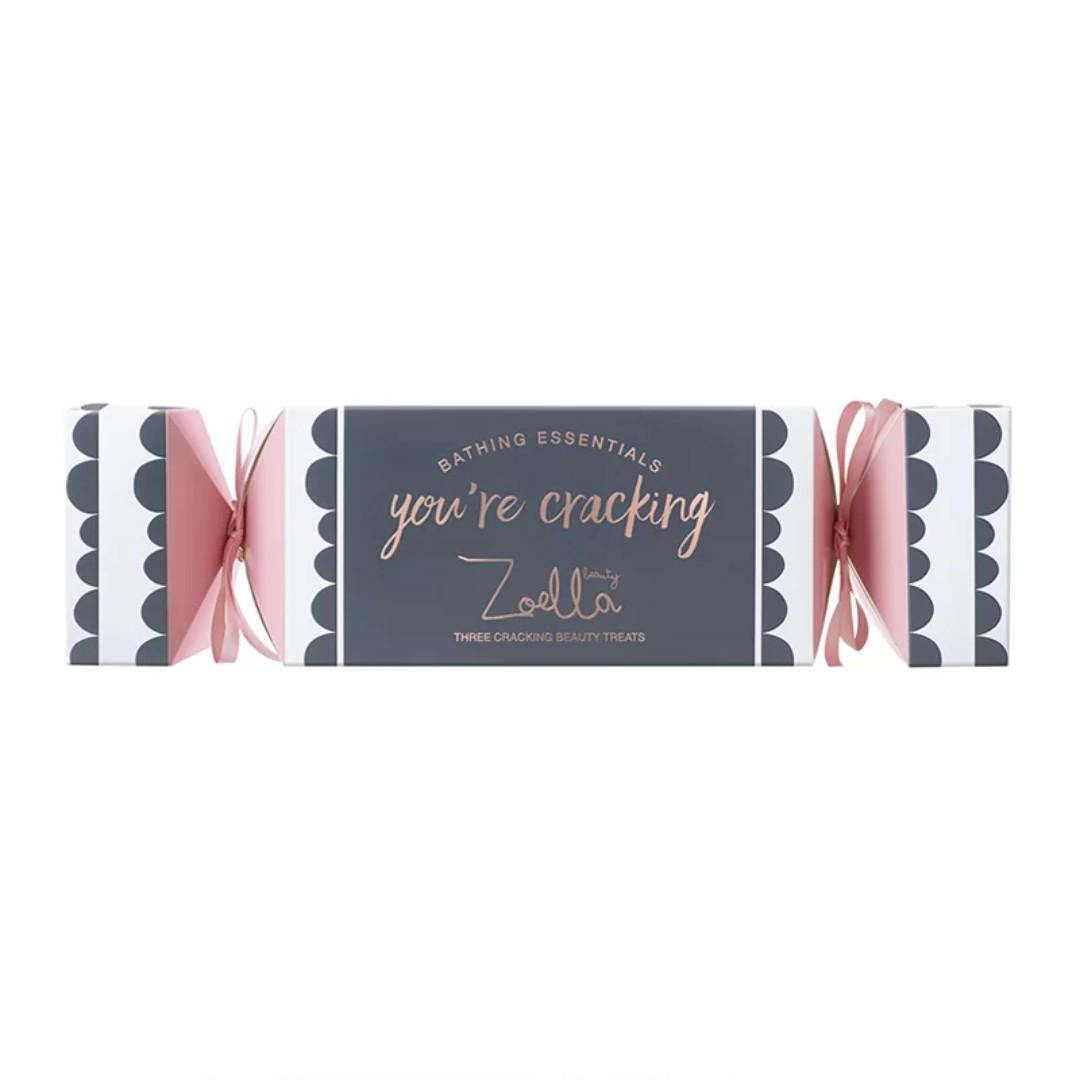 Zoella Beauty Snowella You're Cracking Bathing Essentials Gift Set