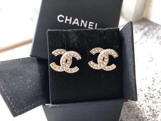Chanel Classic CC 耳環