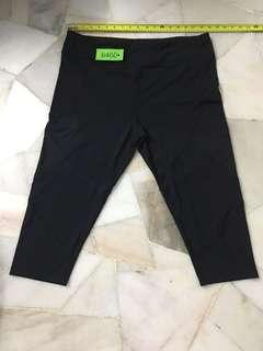 Nb 3/4 pant size 18 no 6460