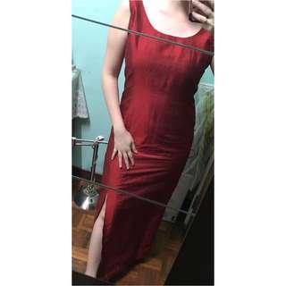 Vintage dinner dress in red