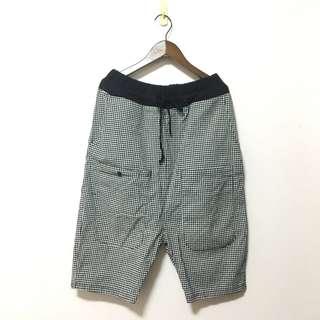 $ 259 || 鄉村 童趣 質感棉 多口袋 五分 闊腿 寬褲 尿布褲 參考 alasha Gozo 行星