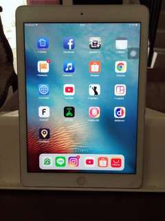 Ipad Air 1 ( cell +wifi) 64 Gb