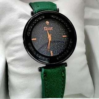 Harga Murah😊👍 Memang PUAS ati  Dior Ladies watch  📌Free box  📌Free postage   RM50 Percuma penghantaran(Pos Laju) 📫 Nak Cod Pon bleh (KL) 🏍  PM atau Whatsapp sy Tok harga Murah 0126346092