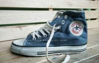 Sepatu Jadul American Star 90s Vintage Classic