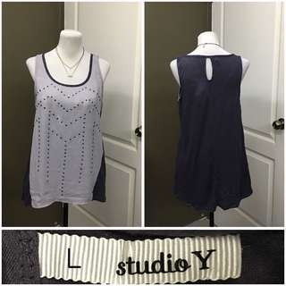 Large sleeveless 150 pesos only!