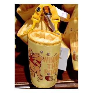 日本東京迪士尼樂園小熊維尼水壺保溫袋 LAST PIECE READY STOCK Tokyo Disneyland Disneysea Disney Resort Winnie The Pooh Water Bottle Tumbler Cooler Holder / Bag