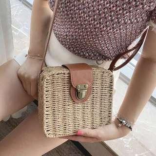 Bali-inspired bags : Lyra sling bag