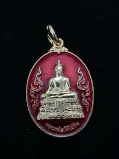 Phra Somdej Wat Rai Khing behind Sunday Buddha