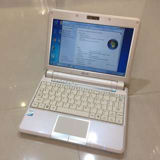 Asus 901 Netbook English Windows Microsoft Office word excel power point(wifi, webcam, Video Chat, Facebook Messenger, Skype, Google Chrome... battery and charger)要中文版可通知轉回中文交收