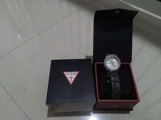 ✔ Guess✔ Original✔ No Deffect✔ Leather
