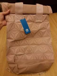 (保証真野)有單 全新正版 original adidas issey miyake 粉色 蝦肉色 櫻花色 背囊 背包 backpack (太多賣家賣假野,睇評分買,本人有單,假野可報警)